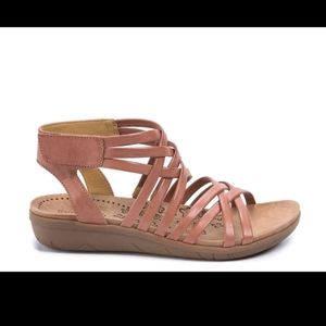 Bare Trap Janny Wedge Sandals